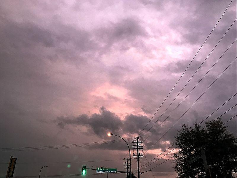 晨昏,暮鼓,雨吁